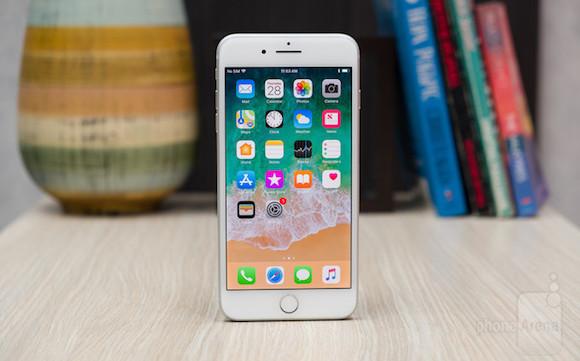 iPhone8 Plusは歴代iPhone中、最も重い